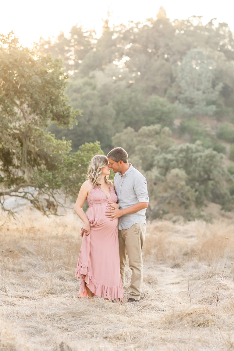 Maternity Photography Bay Area | Outdoor Field Maternity Session